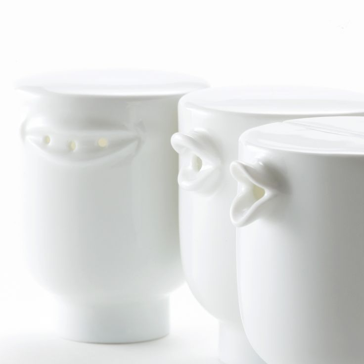 Talking - seasoning container (salt, pepper, soy) - designed by nendo