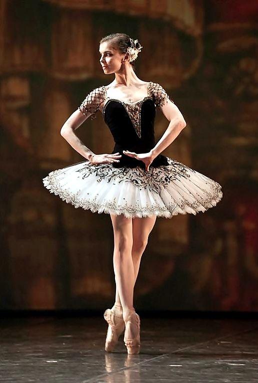 "Natalia Osipova (Kitri) with Mikhailovsky Theatre in ""Don Quixote"" LOVE HER and that tutu is asdfghjklzx"