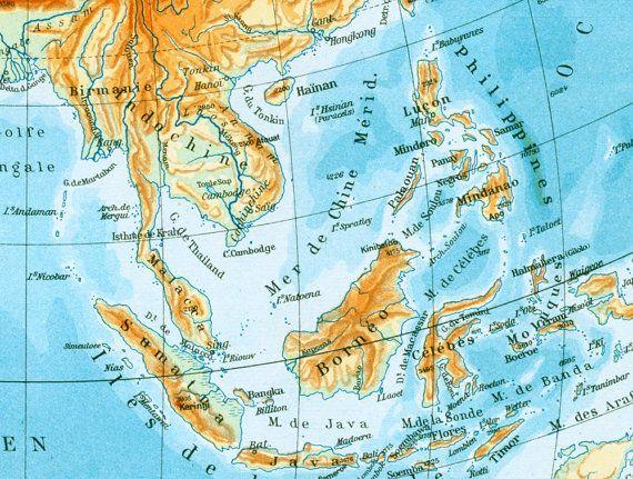 1950 Ancienne Carte Asie Physique Planche par sofrenchvintage