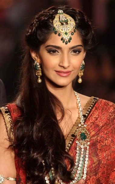 Fabulous 1000 Images About Wedding Hairstyles On Pinterest Indian Hairstyles For Women Draintrainus