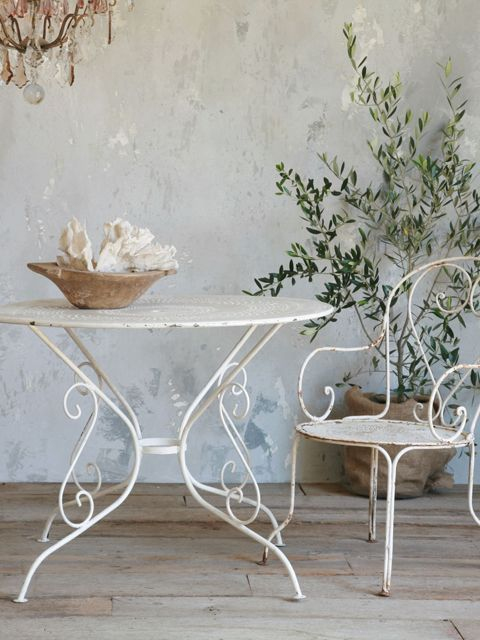Antique White Iron Garden Table  Love!!!