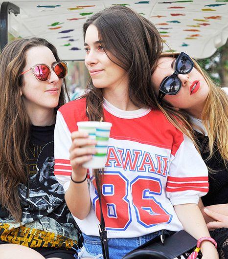 Haim rocked the music and festival fashion scenes at #Coachella