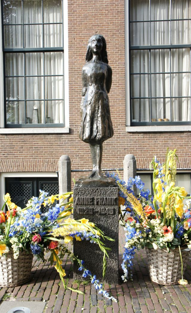 Anne Frank Statue, Amsterdam in honor of the brilliant little girl whose diary has inspired so many...