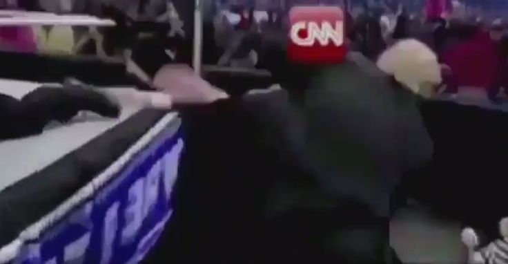"""Reddit user who took credit for Trump GIF apologizes, account deleted after CNN finds him https://tmbw.news/reddit-user-who-took-credit-for-trump-gif-apologizes-account-deleted-after-cnn-finds-him  A Reddit user who took credit for creating the GIF that showed U.S. President Donald Trump tackling someone with the CNN logo superimposed on his face has apologized for his actions and apparently deleted his account.The user, known as """"HanA**holeSolo,"""" said on Reddit that he was the one who…"""