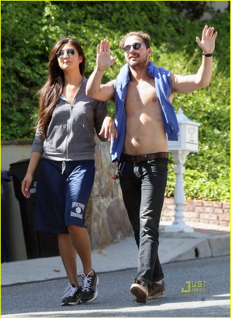 Shia LaBeouf: Shirtless Stroll with Karolyn Pho | shia labeouf shirtless karolyn pho 03 - Photo