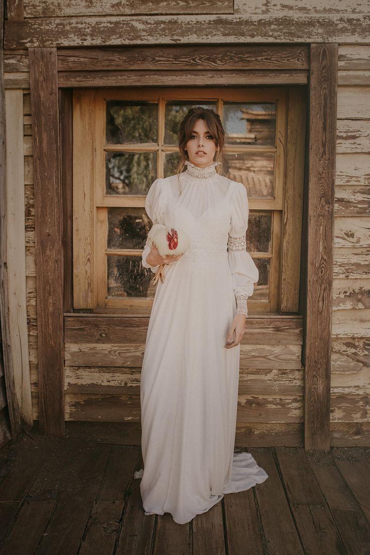 wedding decor, planner, organizacion eventos, inspiracion boda, chicken, wedding gown, shoot, west | Photo by Pablo Laguia
