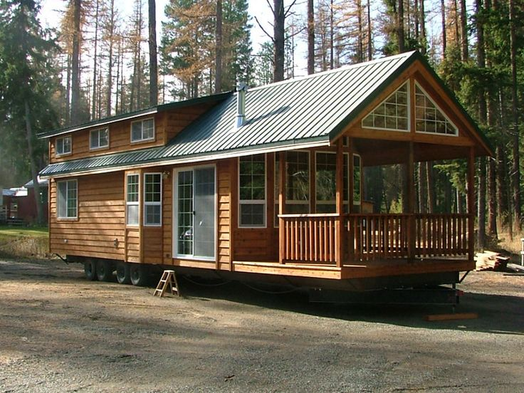 Big full size cabin with full size appliances with porch for Small portable homes