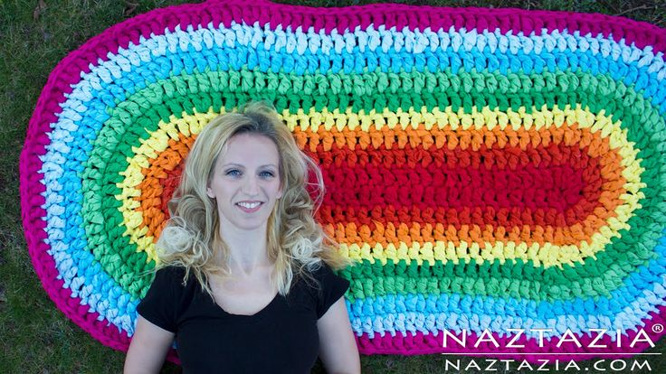 DIY Tutorial - How to Crochet Oval Rag Rug Floor Carpet from Fabric Sheets
