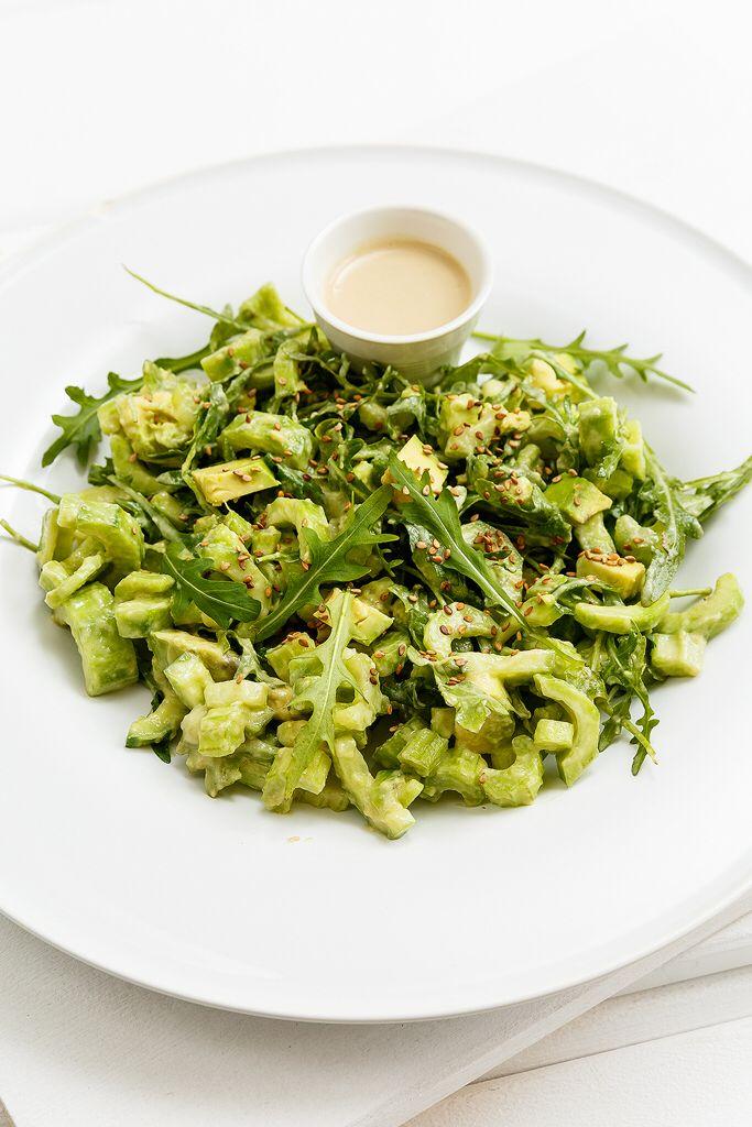 Cucumber avocado celery salad with tahini dressing Anna-Maria Barouh http://www.instyle.gr/recipe/salata-me-seleri-avokanto-ke-tachini/
