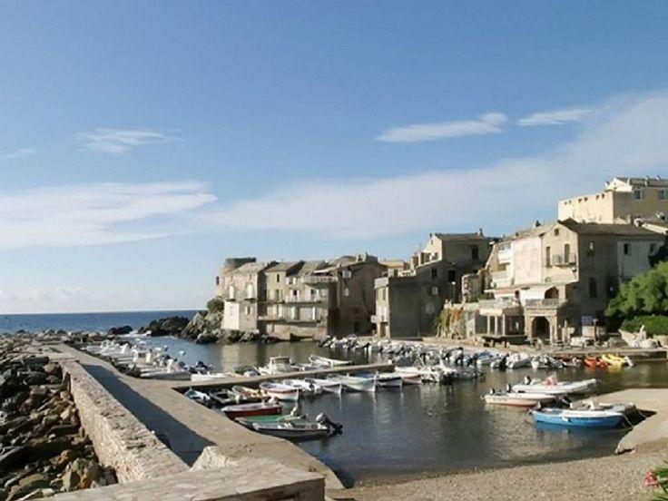 Abritel location maison à Erbalunga. Au bout du Cap Corse, maison avec jardin donnant sur la mer