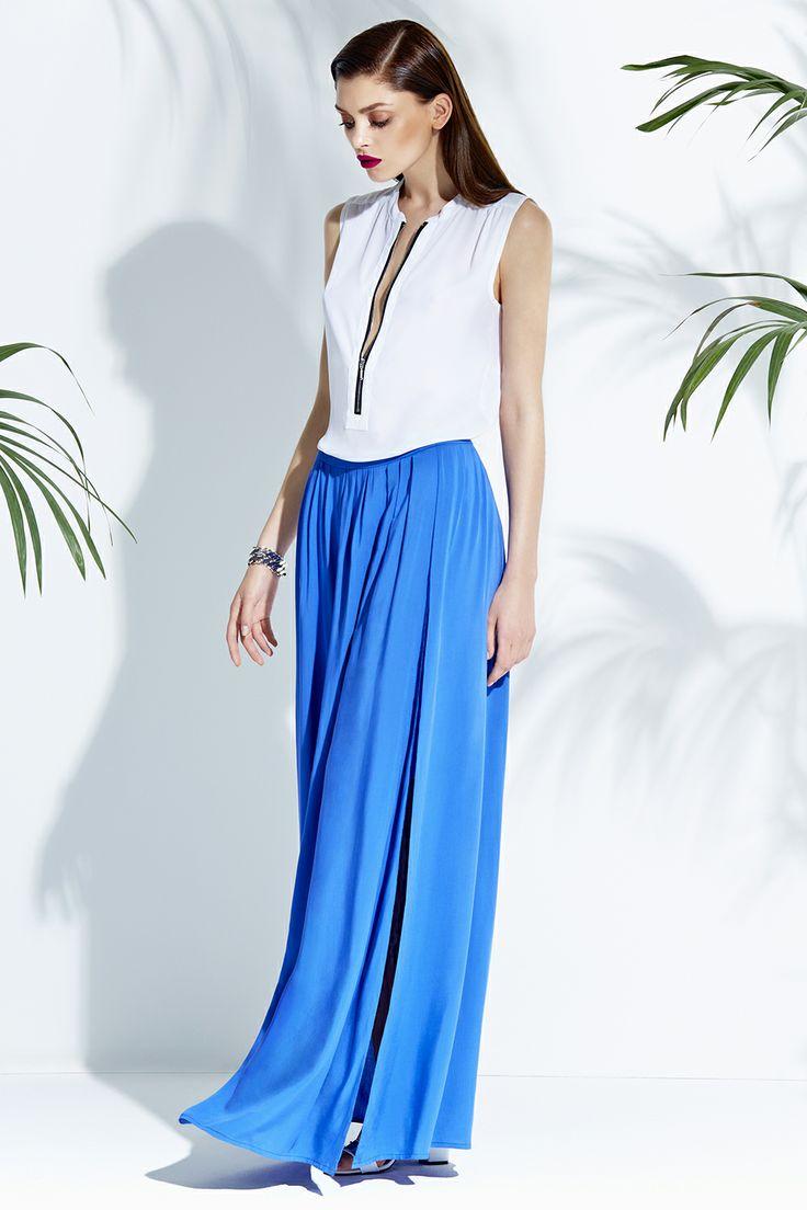 Maxi blue dress & white top #mohito #style #fashion
