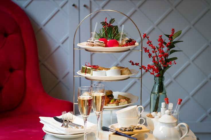 Nothing gets you in the festive spirit like mini Christmas-themed cakes and sandwiches! Our London hotels know this all too well which is why they have some delightful Christmas afternoon teas to kick off the festive season in style. http://www.slh.com/luxury-hotel-offers/festive-by-slh/