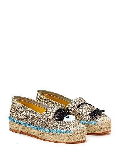 Chiara Ferragni - Flat shoes - Women - Scarpa bassa in glitter con applicazione frontale e suola in gomma. Tacco 35, platform in corda. - ORO
