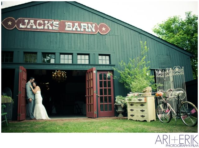 Vintage shabby chic wedding the loft at jack s barn vanessa and