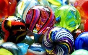 Colored Glass Balls HD Wallpaper