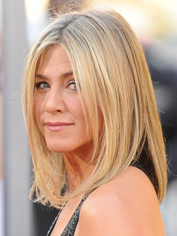 best 25 jennifer aniston long bob ideas on pinterest jennifer aniston bob jennifer aniston. Black Bedroom Furniture Sets. Home Design Ideas