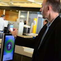 Air France lets passengers board planes with NFC