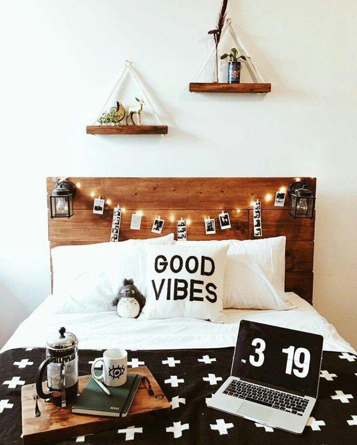 Love the shelves and headboard w/ lanterns
