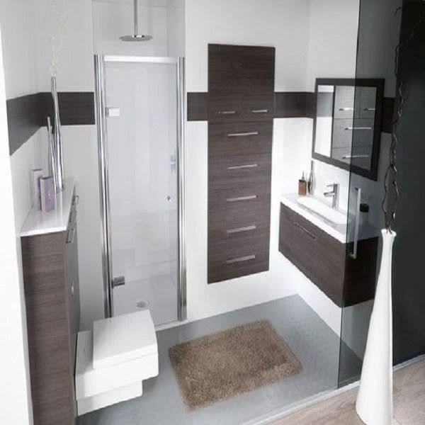 Les 25 meilleures id es de la cat gorie salle de bains troite sur pinterest petite salle de for Petite salle de bains en longueur
