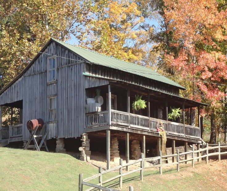 Dolly Parton House | Dolly Parton's Childhood Cabin Home