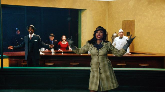 Jennifer Hudson in the American Family Insurance Superbowl ad--after Edward Hopper's Nighthawks
