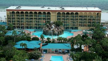 """Ramada Plaza Fort Walton Beach Resort/Destin is rated """"Good"""" by our guests. Take a look through our photo library, read reviews from real guests and book now with our Best Price Guarantee. We'll even let you know about secret offers and sales when you sign up to our emails."""