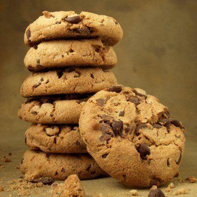 Συνταγή για cookies με κομμάτια σοκολάτας από τον Γιάννη Λουκάκο! Φτιάξτε νόστιμα και αφράτα μπισκοτάκια πλούσια σε ολόκληρα κομμάτια σοκολάτας γάλακτος!