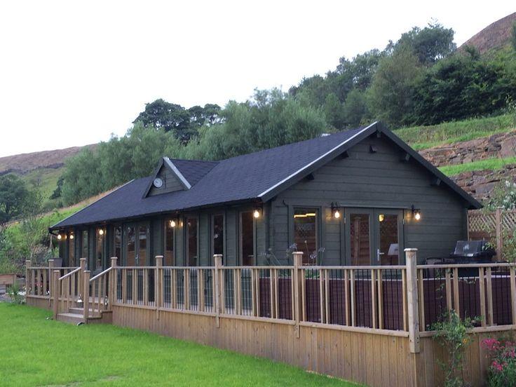 log_cabin_club_house