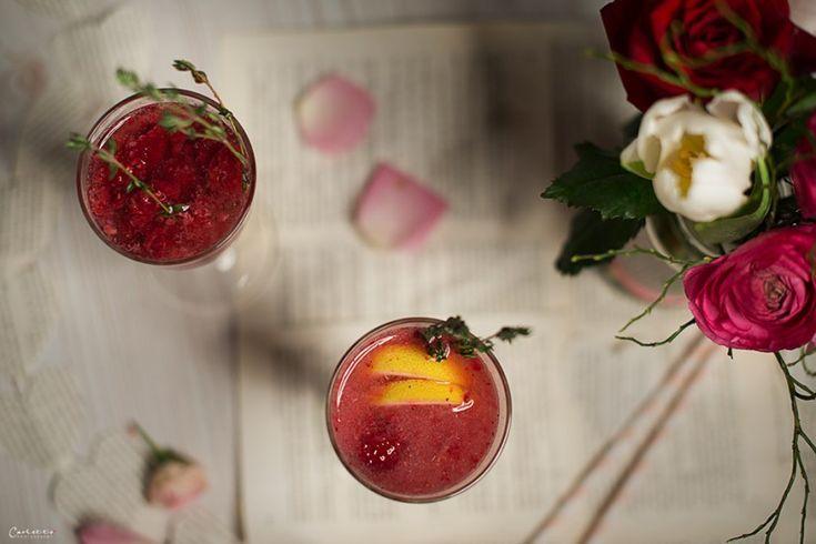 Pink Sweetheart Champagner, Champagner, Pink Champagner, Drink, Cocktail, Valentin, Valentinstag, Valentinstags Cocktail, Valentinstags Drink, Himbeeren, Beeren, Holunder, Zitrone