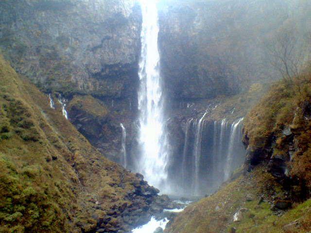 華厳の滝 2005.10