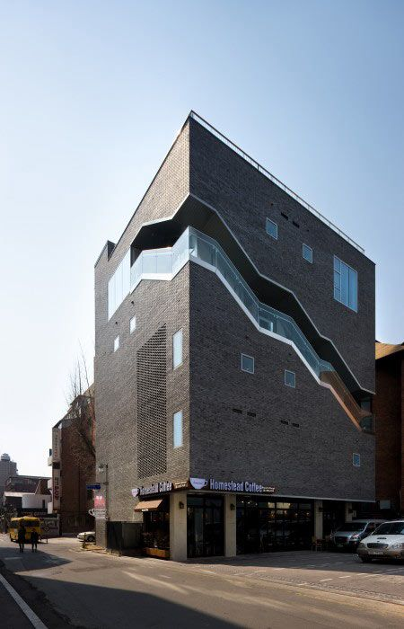 Bricks / Doojin Hwang Architects