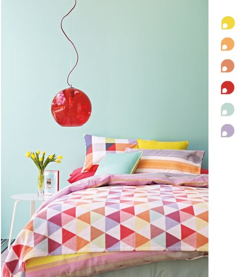 Color Scheme Of The Week : Oranges, Reds and Blues