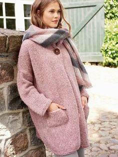 DIY-Anleitung: Weite Strickjacke in zartem Rosa stricken / knitting pattern for an oversized cardigan via DaWanda.com