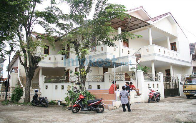 Kost Jl. Haji Soleh No 1a Permata Hijau Kebun Jeruk mulai dari 750.000