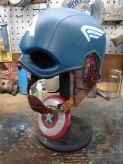 New guy w/ another Captain America Mask