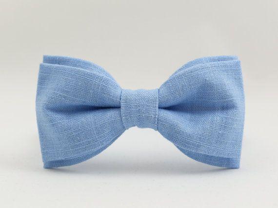Bleu de lin Bow Tie par BartekDesign : pré attaché lin marié bleu clair cravate rétro classique chic la main cadeau de mariage pour lui