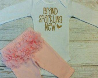 Pasgeboren Take Home Outfit Baby meisje Outfit door AdassaBaby
