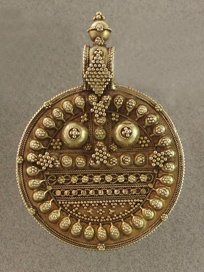 India | Antique gold Jibi amulet pendant from Gujarat. Traditionally worn by the Rabari woman. 17k gold