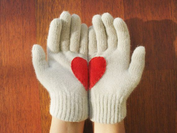 Heart Gloves Cream Gloves with Red Felt Heart by yastikizi on Etsy, $32.00 these are so cute for valentines day!