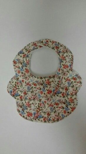 Flower print baby girl bib.