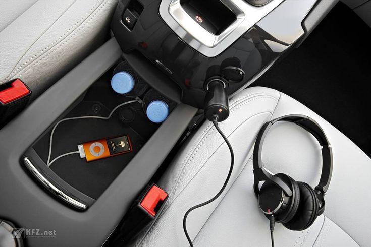 #Peugeot 5008 USB