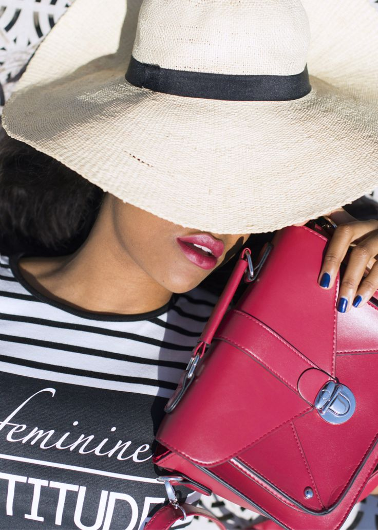 -black-bloggers-Wallace-yolicia-striped-summer-dress-fashion-bloggers-tips-style