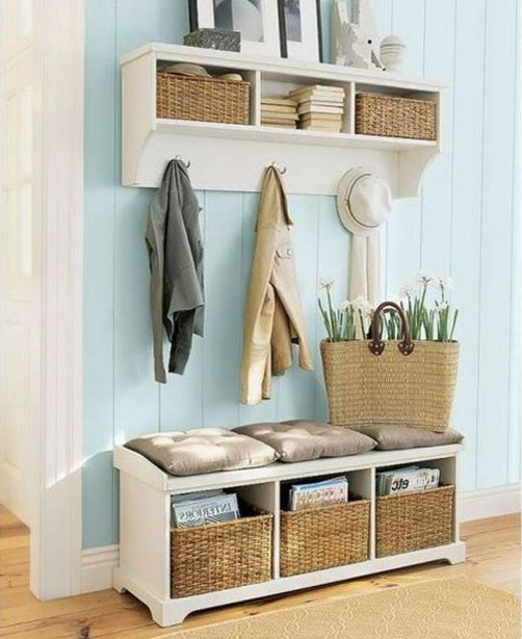 Best 25 small entryway bench ideas on pinterest small for Cool desks for small spaces