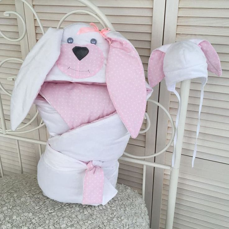 Комплект для новорожденной девочки в подарок Зайка