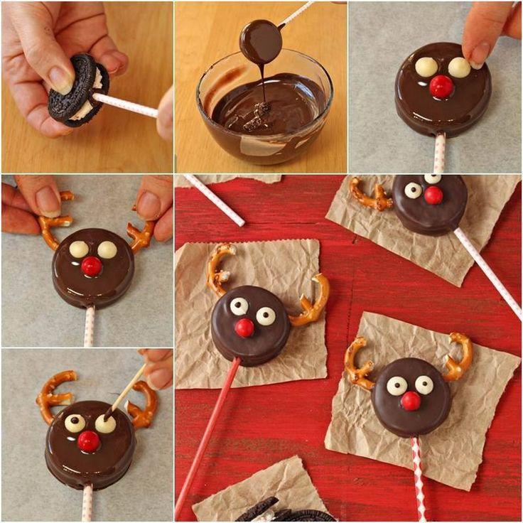 Comida para niños. Piruleta Reno: una galleta oreo, un palo, chocolate para fundir en el microondas, una galletita salada, dos bolitas de chocolate blanco y una roja…