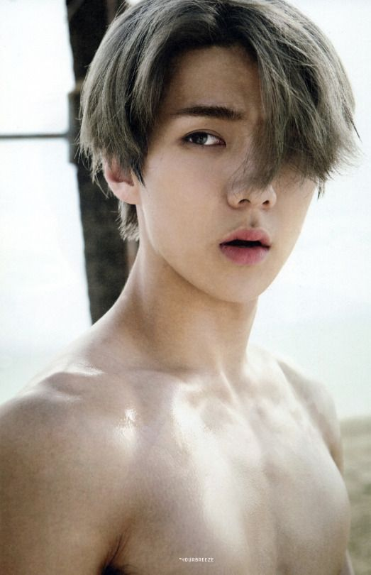 sort of shirtless Sehun....  those contours are amazing...