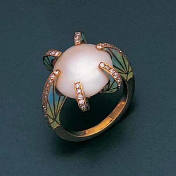 A pearl, enamel and diamond ring The central bouton pearl within a six-claw setting, each millegrain-set with single-cut diamonds, the shank and shoulders enamelled with stylised foliate motifs, two claws are hinged, pearl untested. Looks very art deco <3