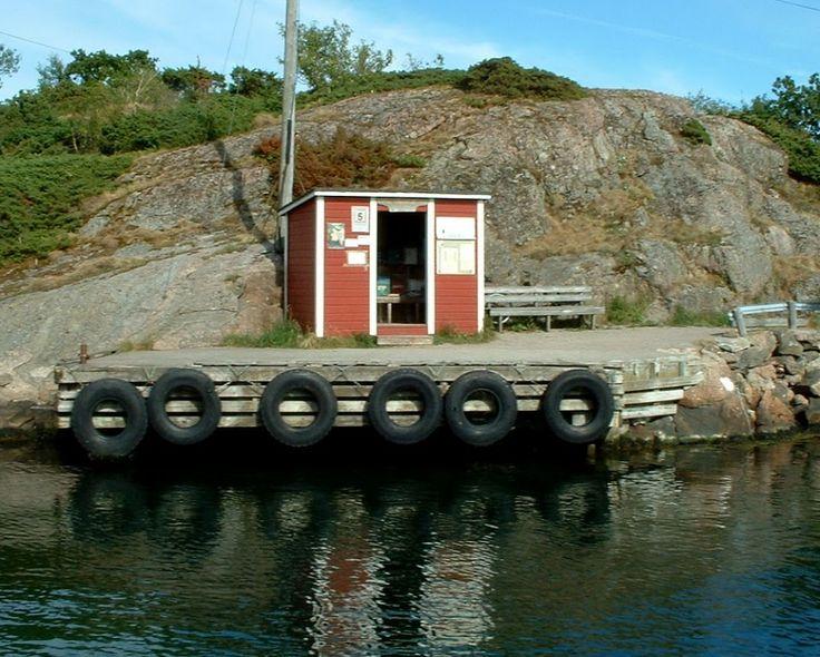 Til brygga på Borøya