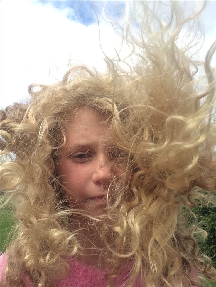 It was a windy day, my hair wants to go crazzzzy!