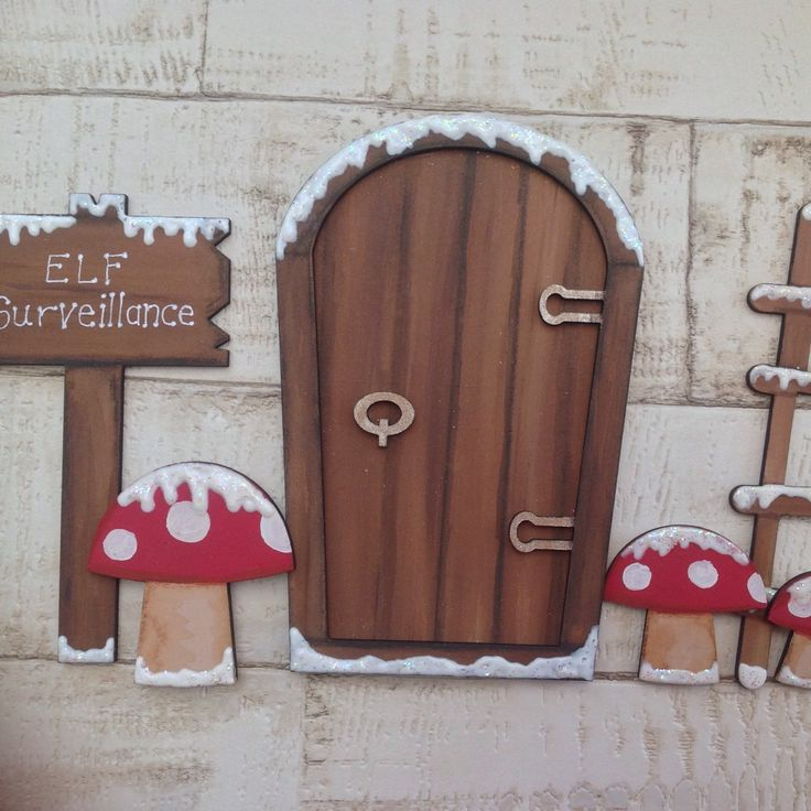Elf door set- the perfect addition to any home to help create that magical Christmas feeling. Place these pieces next to your skirting board or mount them in a frame.